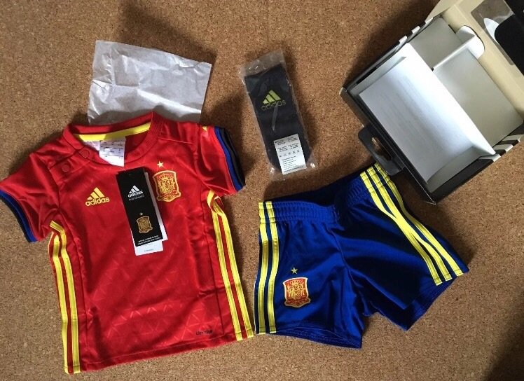 Adidas Spain Mini kit Infant uk Size 12-18 months