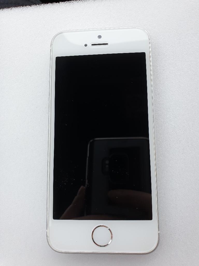 iPhone SE 32gb - UNLOCKED