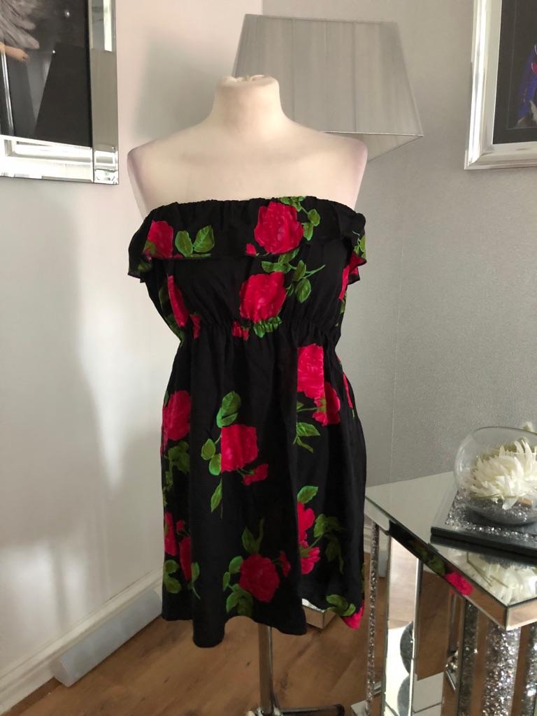 Women's joblot bundle dresses size M/L