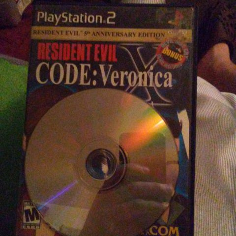 Resident Evil Code Veronica X and Madden 2006(PlayStation 2)