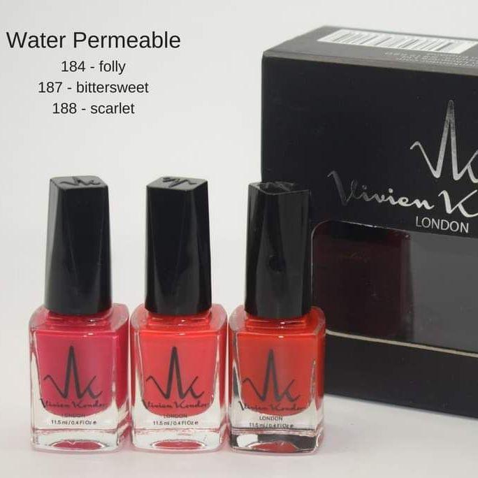 Box set of 3 nail polishes