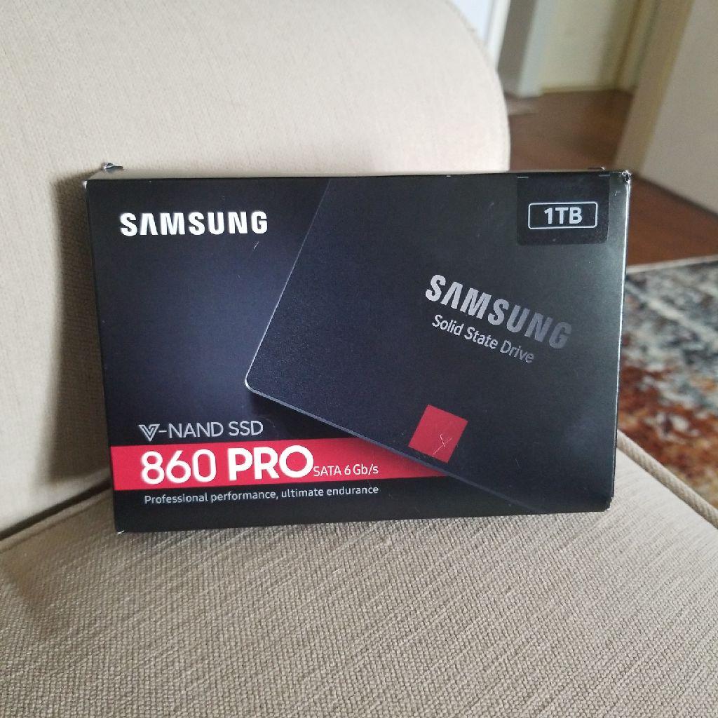 Samsung 860 PRO V-NAND 1TB SSD SATA 6Gb/s (MZ-76P1T0BW) Solid State Drive