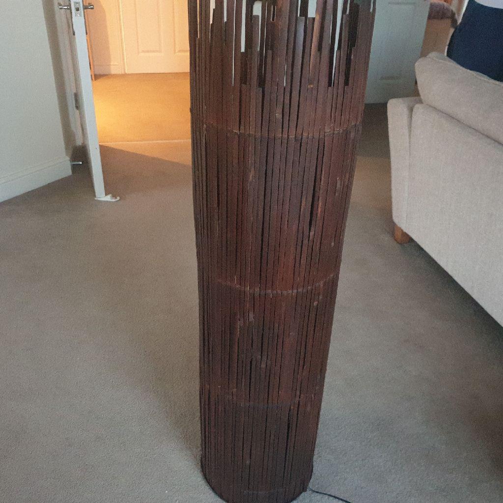 Wooden wicker shaden lamp