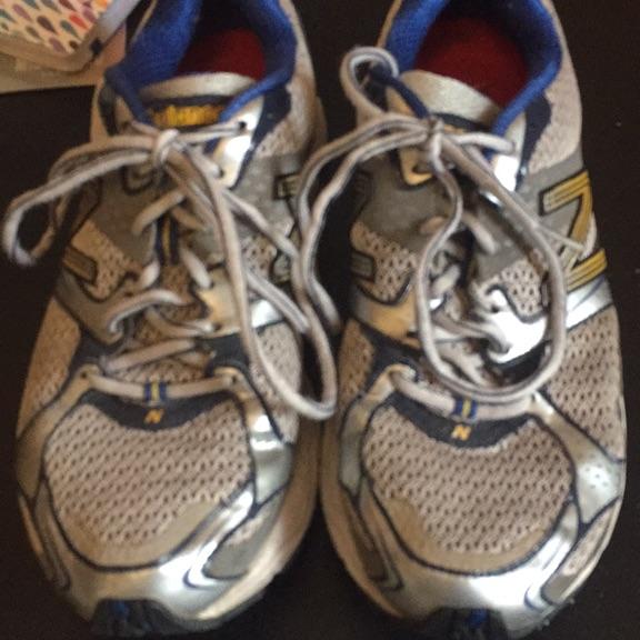 New balance men's running trainers size 9