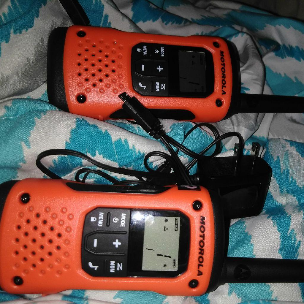 Talkie walkies