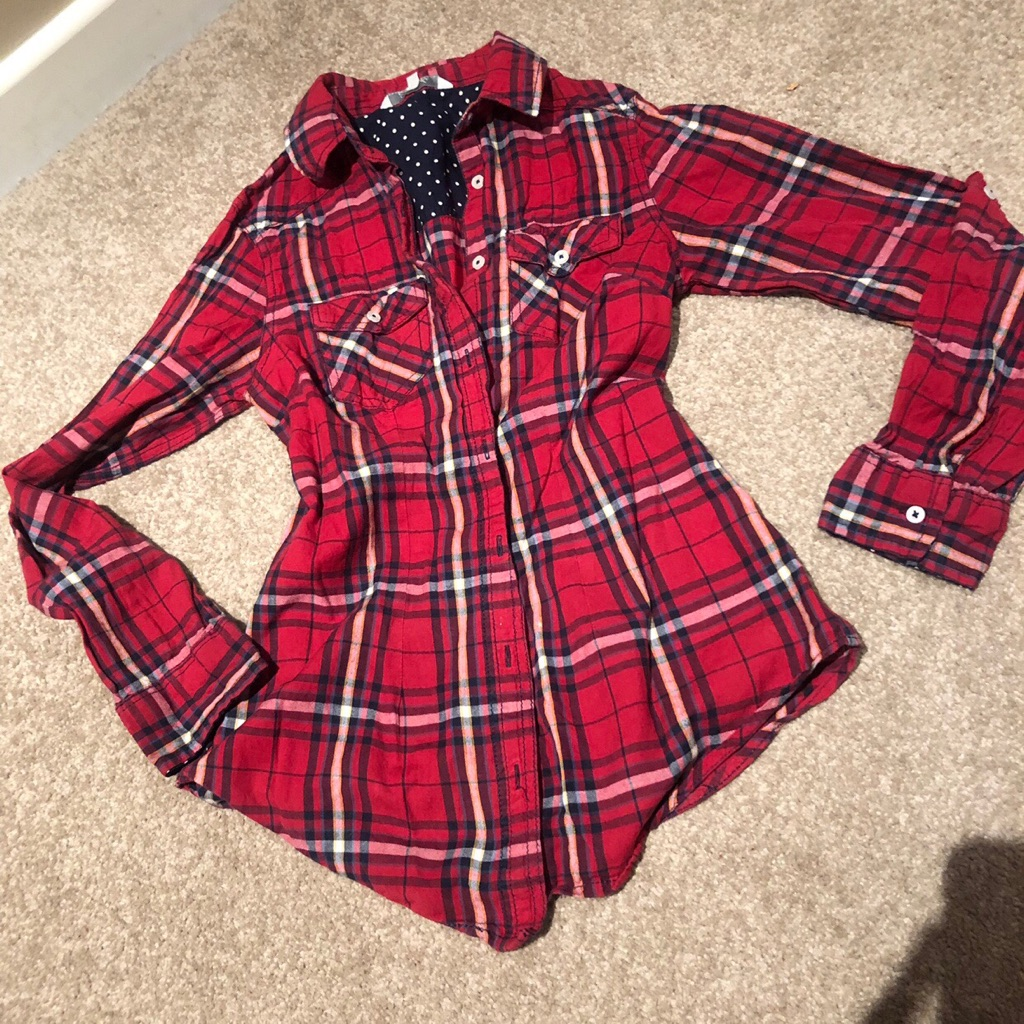 Checked shirt. Size 8