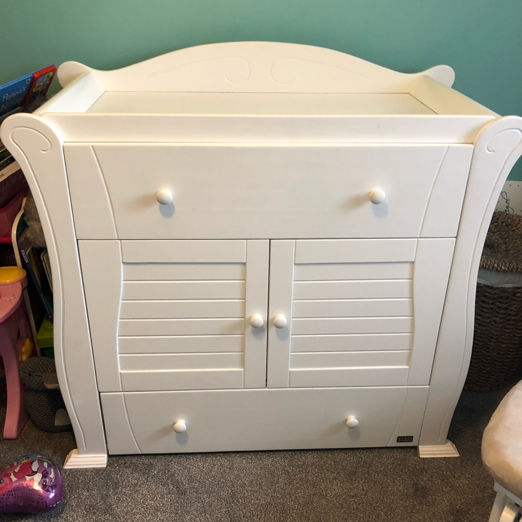 Excellent condition 2nd hand Tutti Bambini nursery furniture