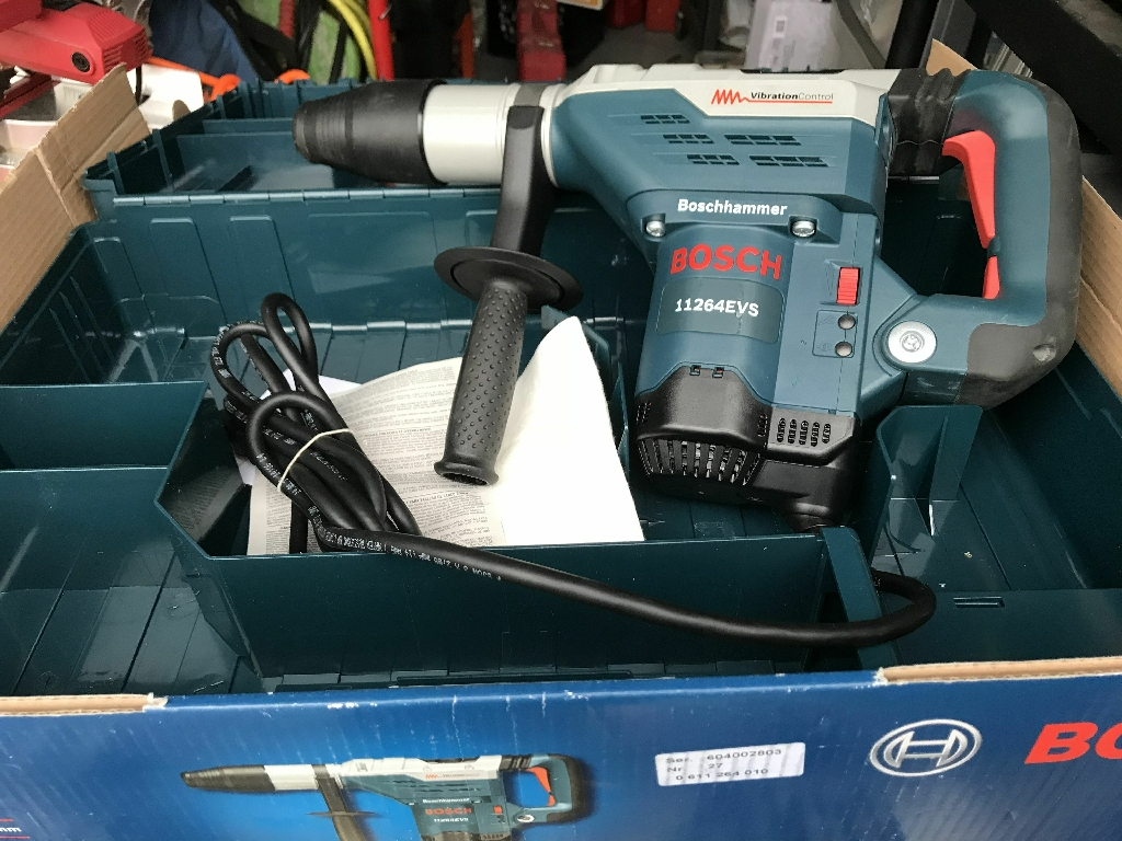 Bosh Rotary Hammer Drill New in the box SOLD