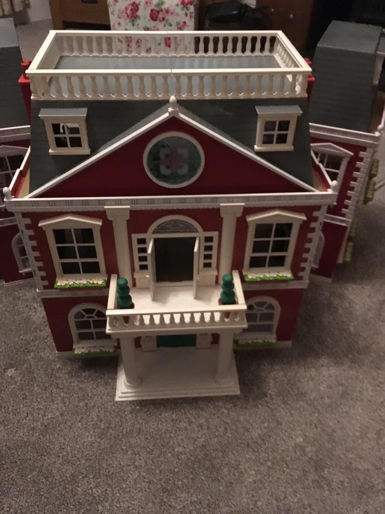 Salvainian family mansion