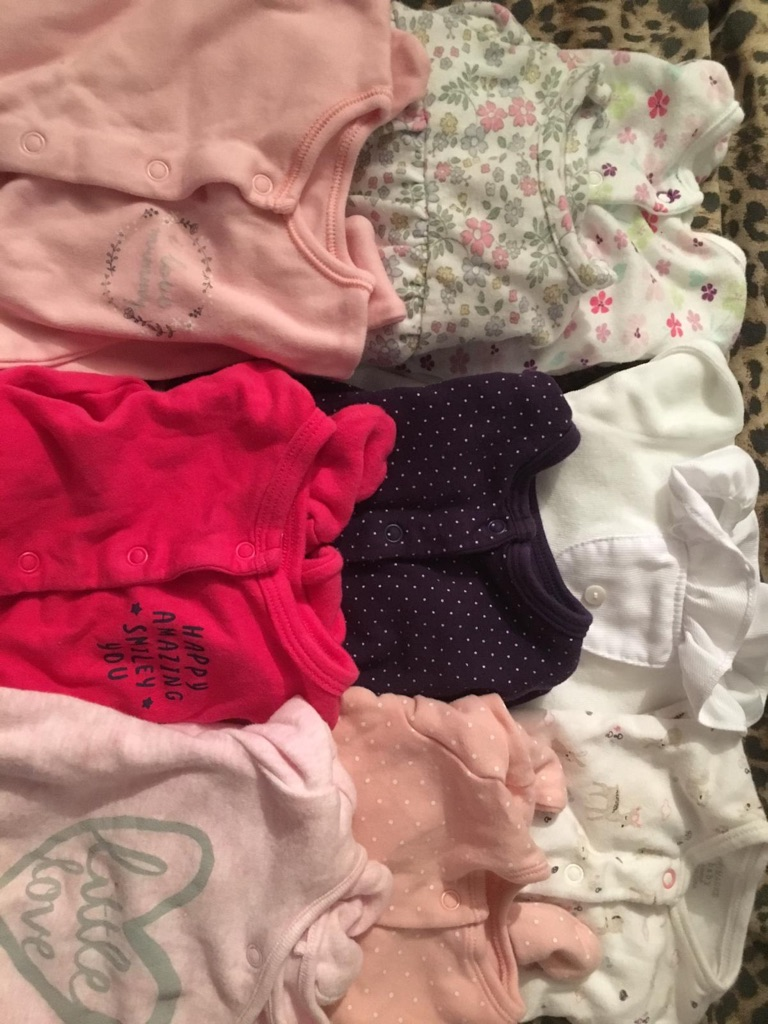 Baby girl bundle (tiny baby to 0-3mths)