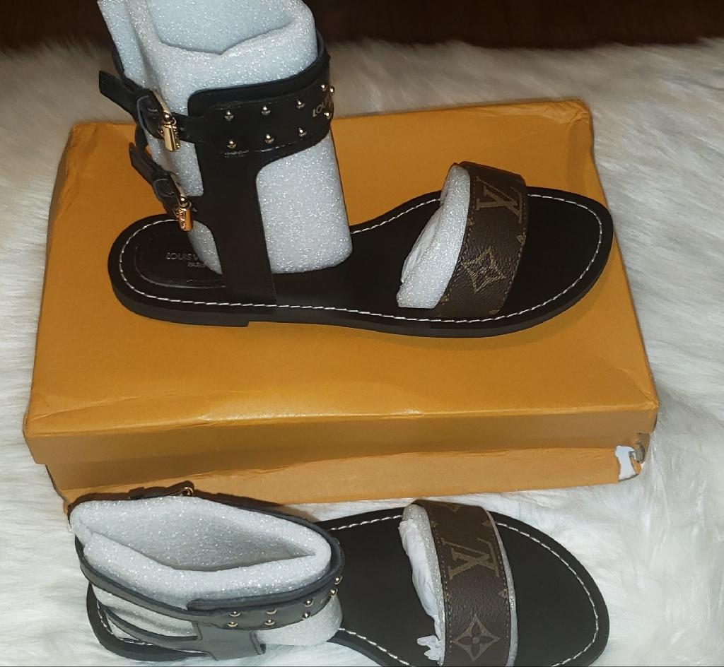 Lv gladiator sandals