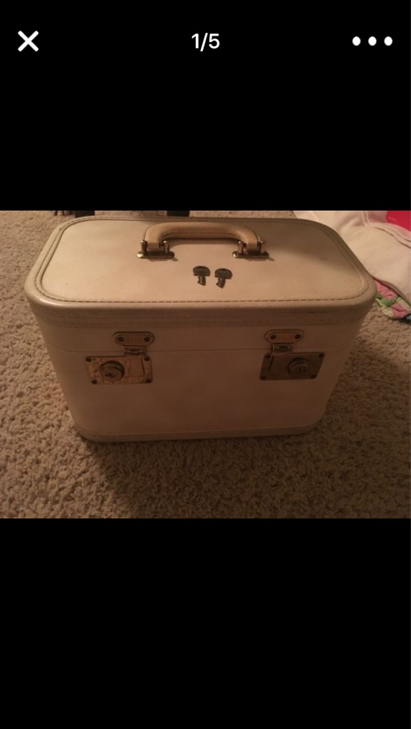 Make up/ lock box