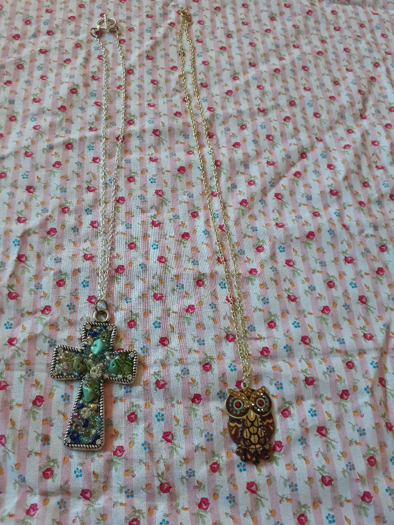 Handmade chain necklaces