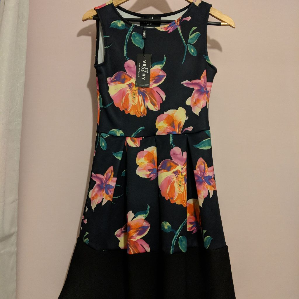New with tags. Floral and black dress, Vestry, size 10,