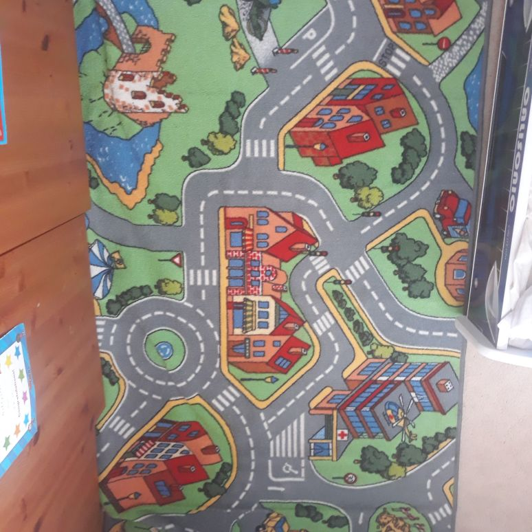 Childrens large city/town play mat