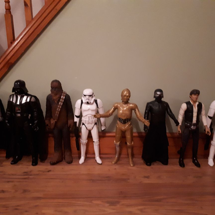 Large star wars figures approx 19inches