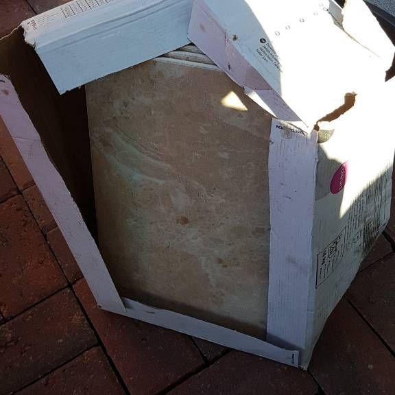 Box of 8 brand new tiles