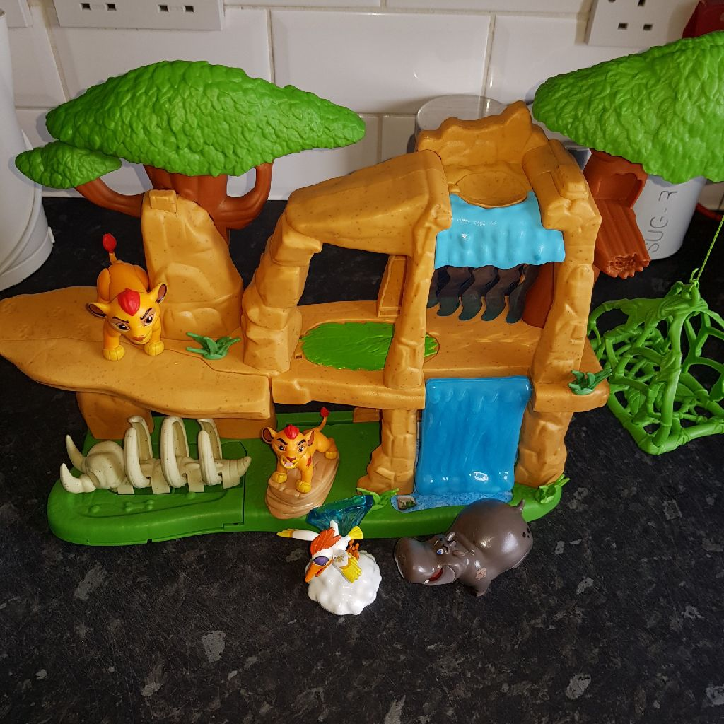 The Lion Guard Play Set