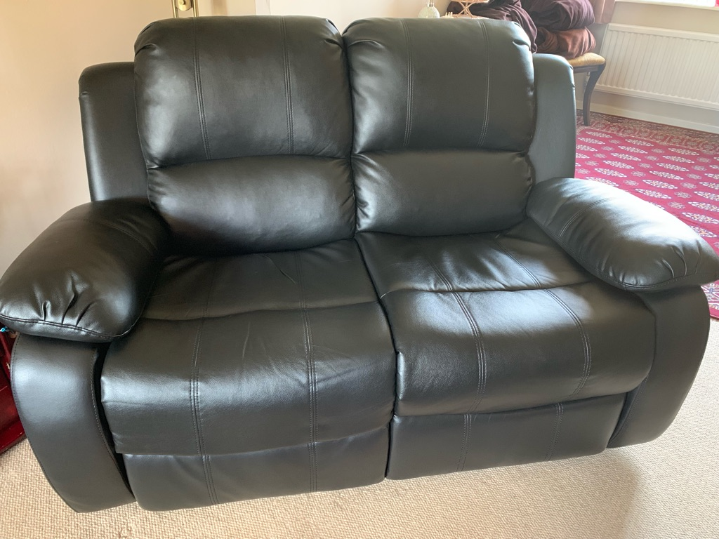 2 seater power recliners (two)