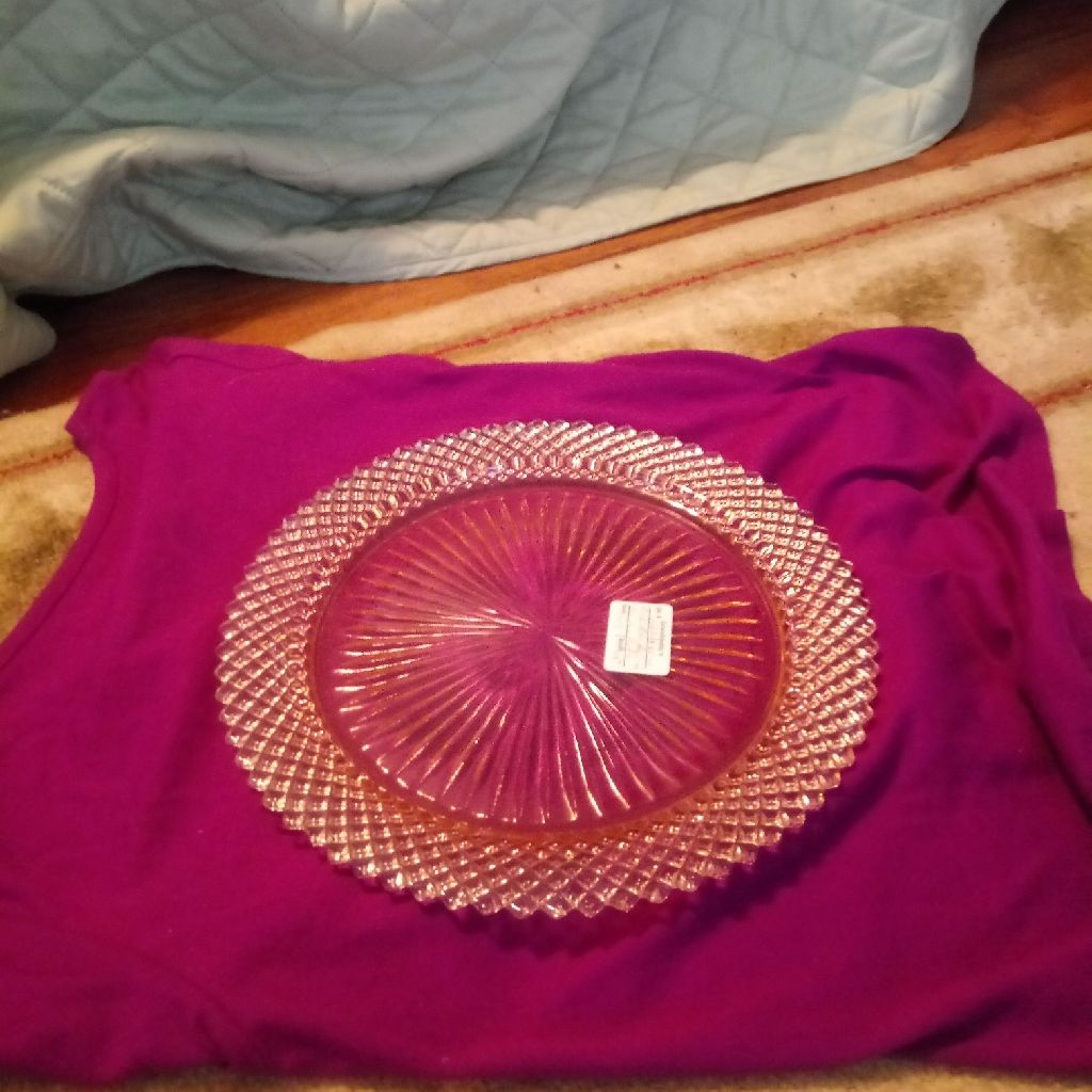 1 big pink crystal plate