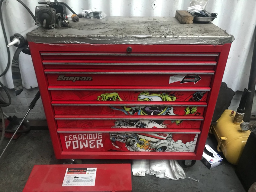 Snap on roll cab and tools