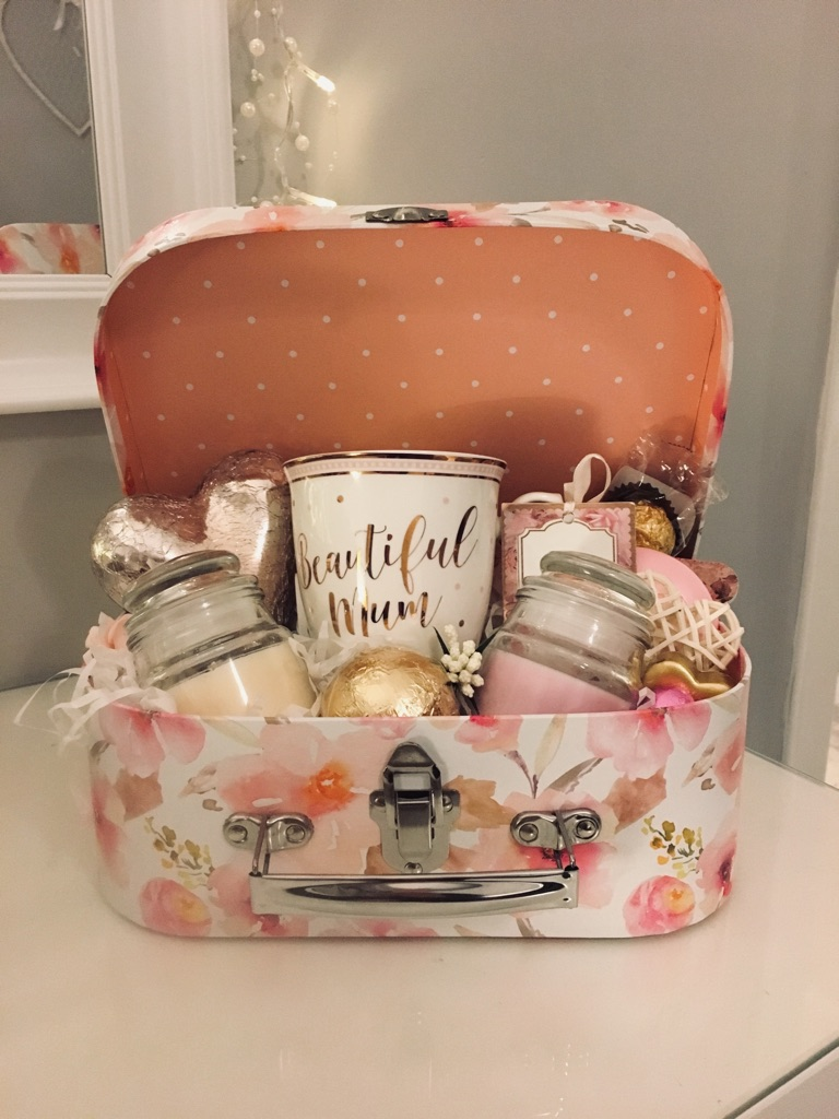 💕💐 Mother's Day 💐💕 Gift Box