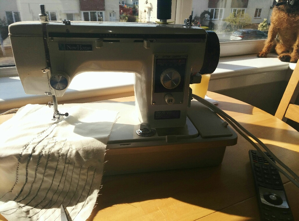 Sewing machine Janome/New Home excellent conditon