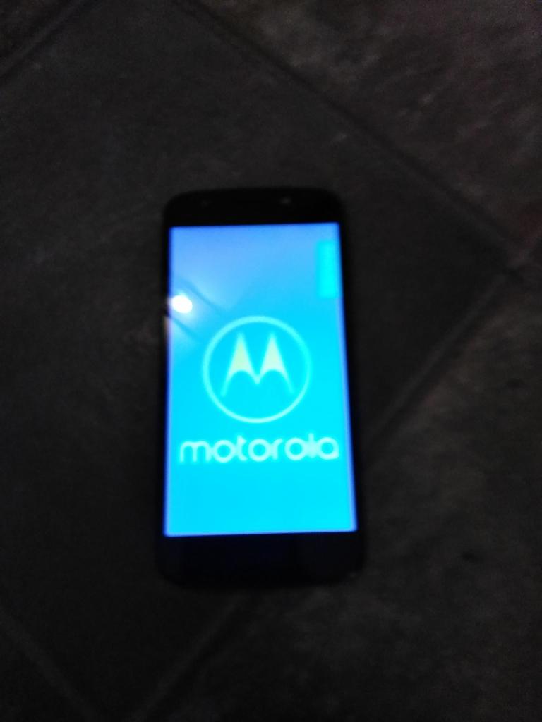Motoe cruise cricket phone