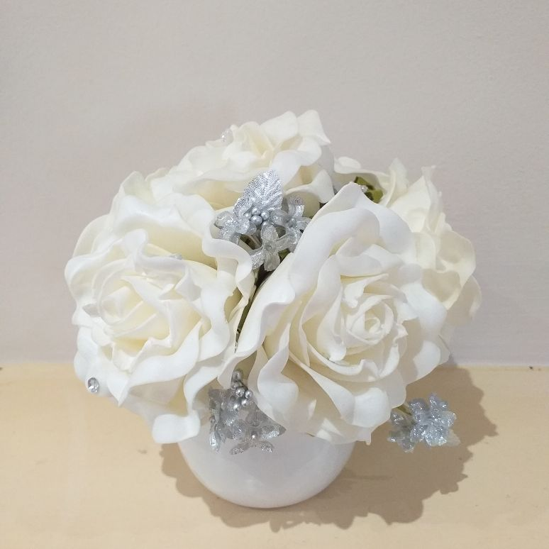 Foam cream rose arrangement in ceramic pot