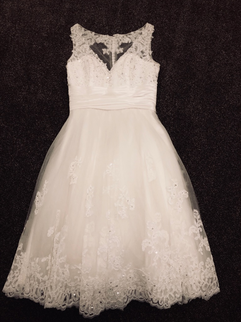 Ivory knee length Wedding Dress