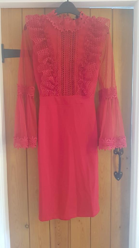 FashionNova red lace midi dress size 8