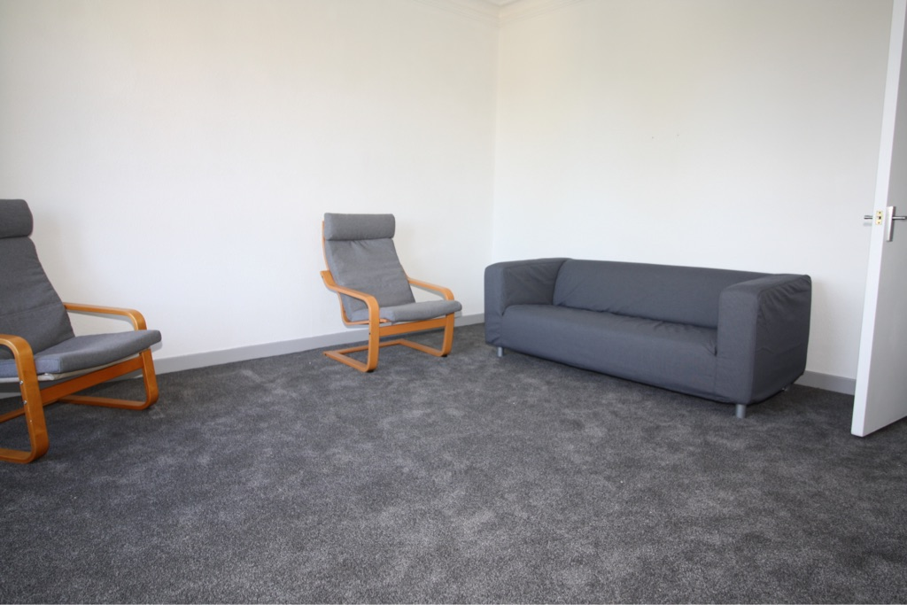 2 bed flat West End for rent