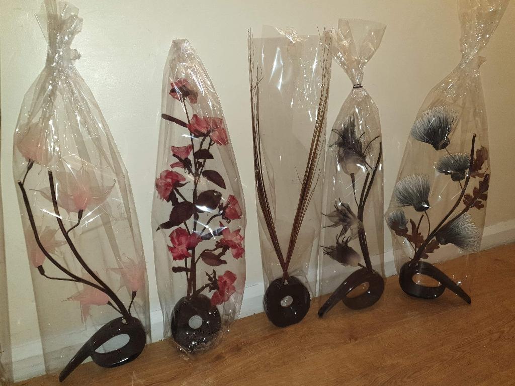 Brand new comma vase sets