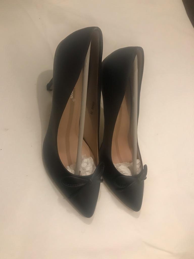 Black court heels size 38uk size 5