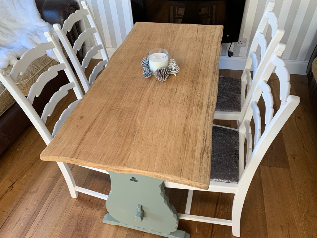 Solid oak kitchen dining table and x4 chairs shabby chic