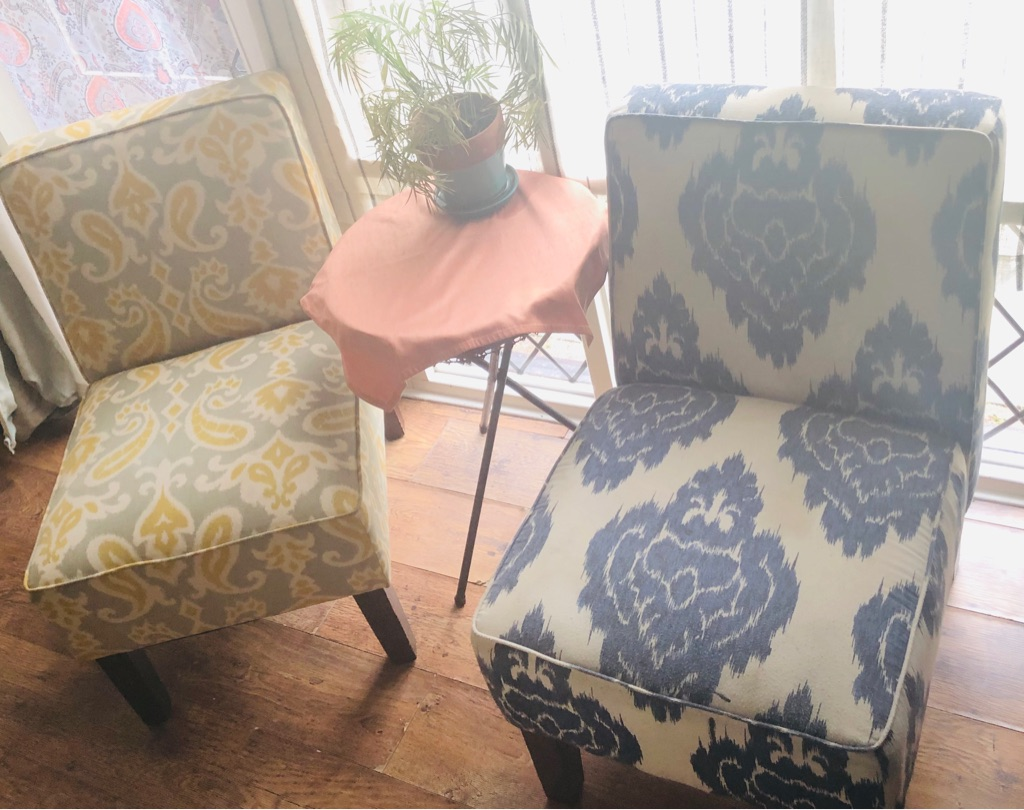 Two Accent Chairs tobacco wood and woven fabric