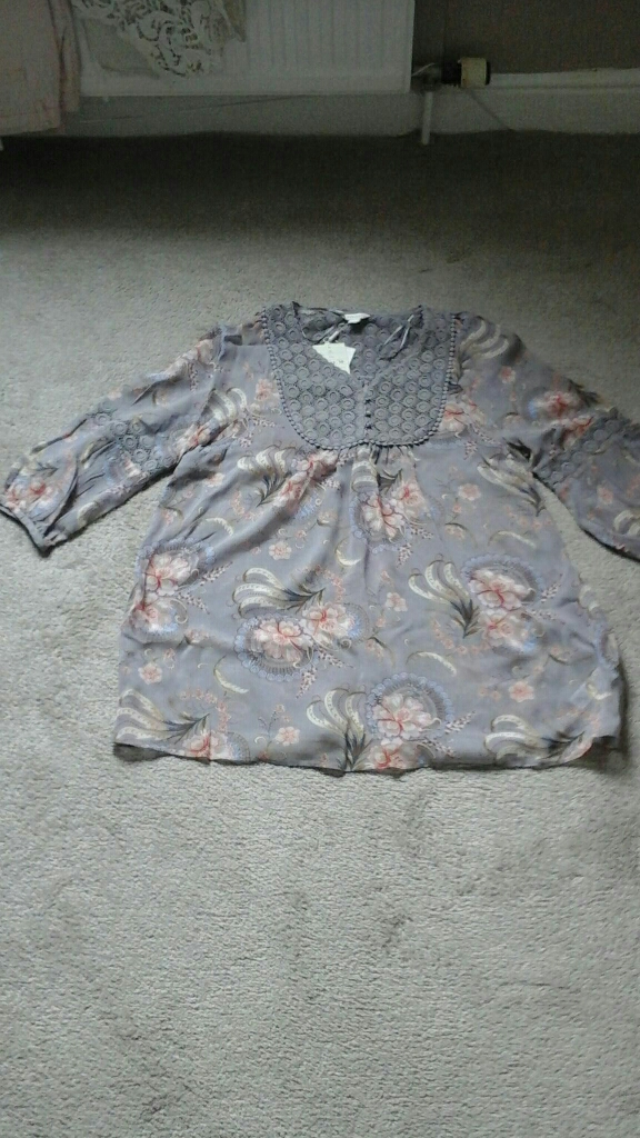 Momsoon tunic top