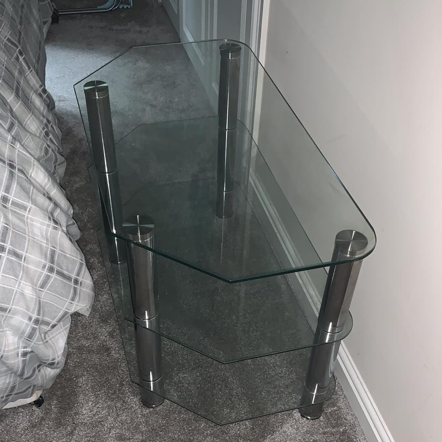 Free Glass TV stand