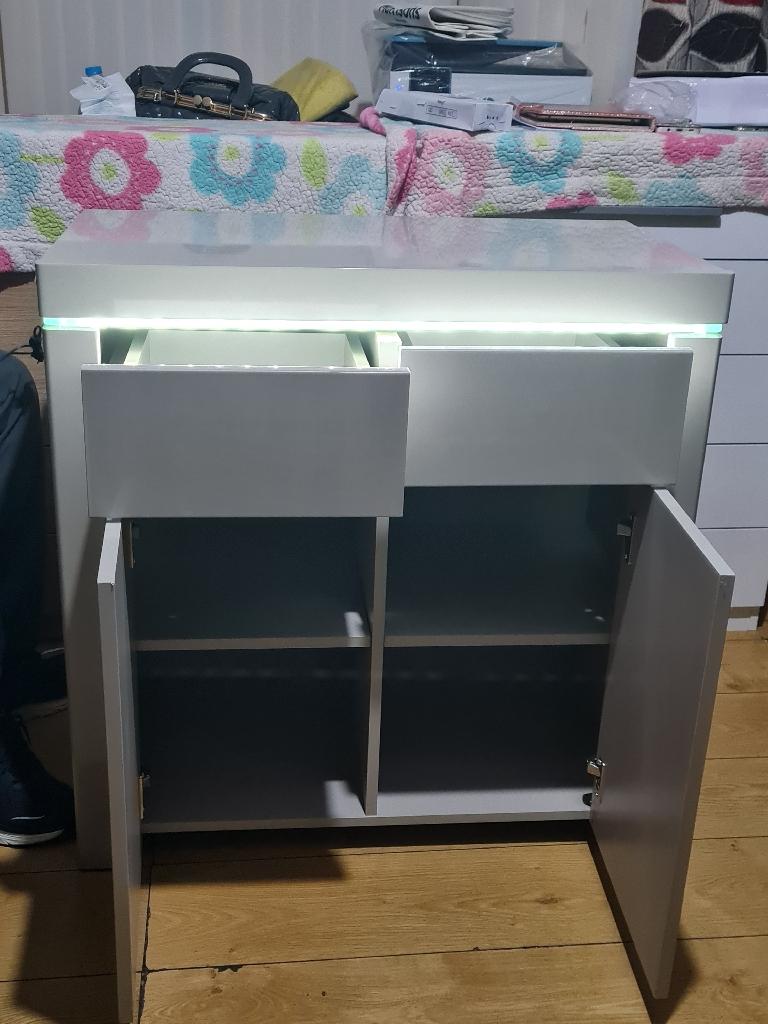 New gray unit, £165