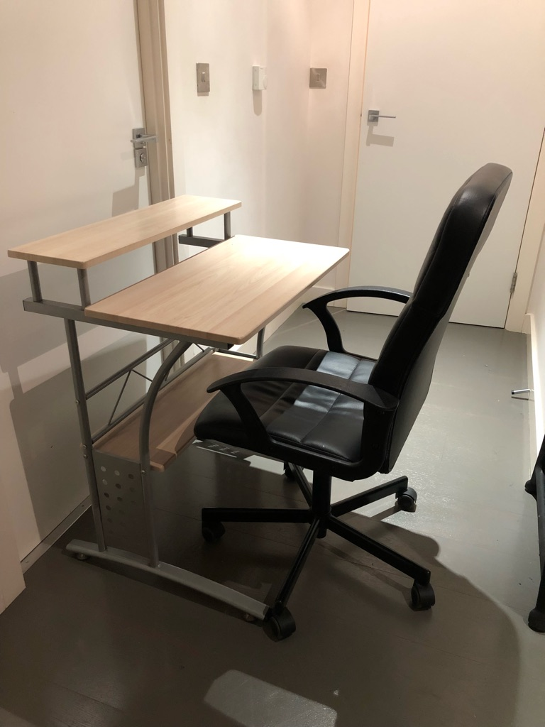 2 Level Desk and chair
