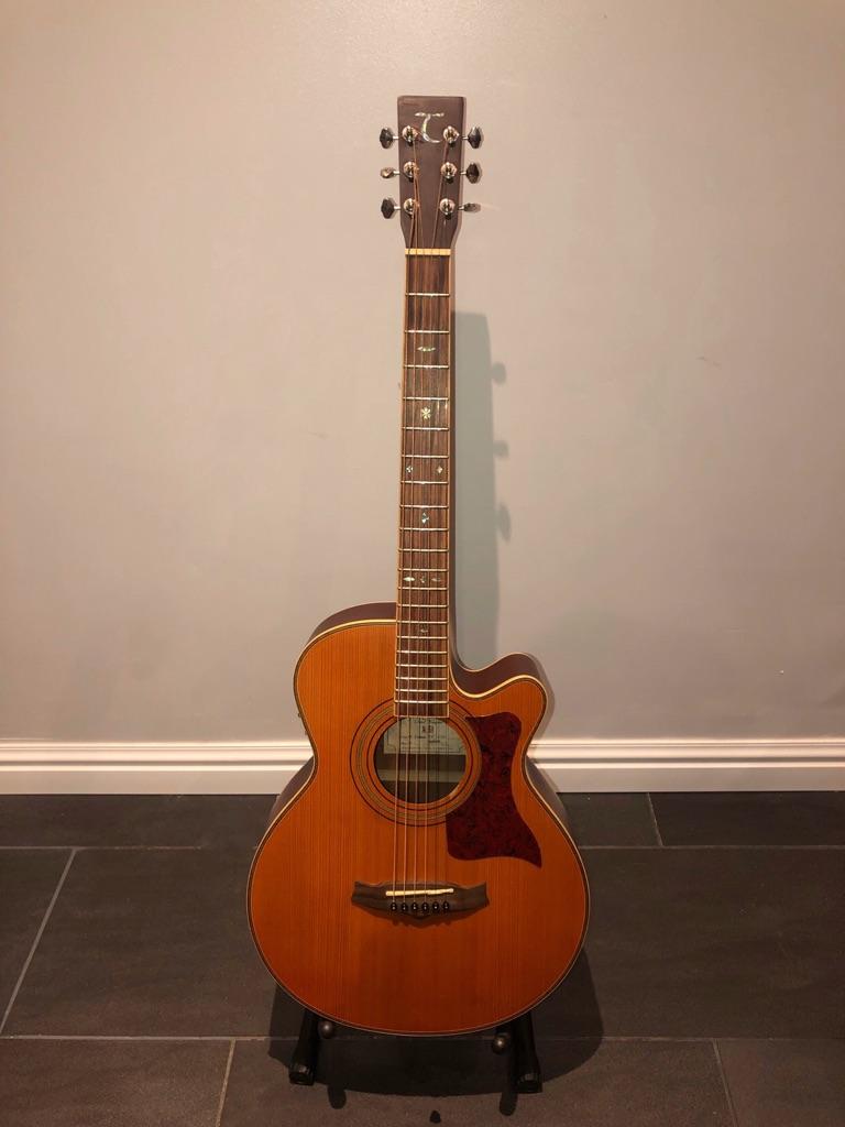 Tanglewood electro acoustic 'slim' guitar