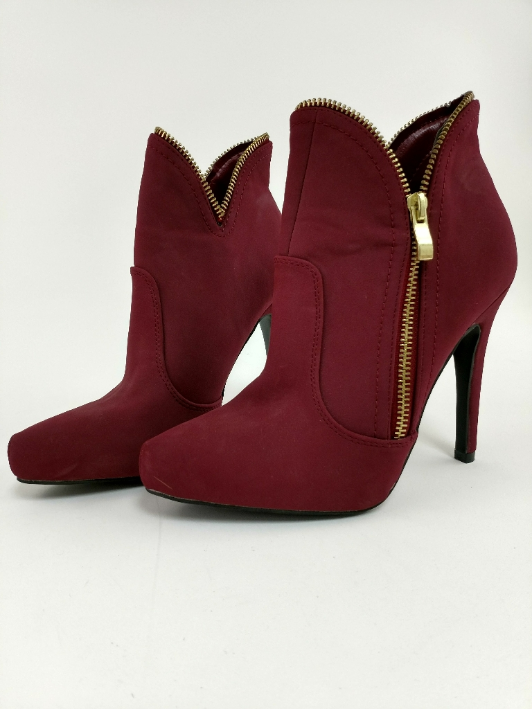 QUPID ANKLE BOOTS, size 5 1/2
