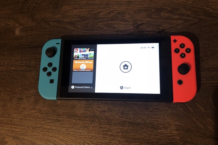 Nintendo switch 32gb blue and red