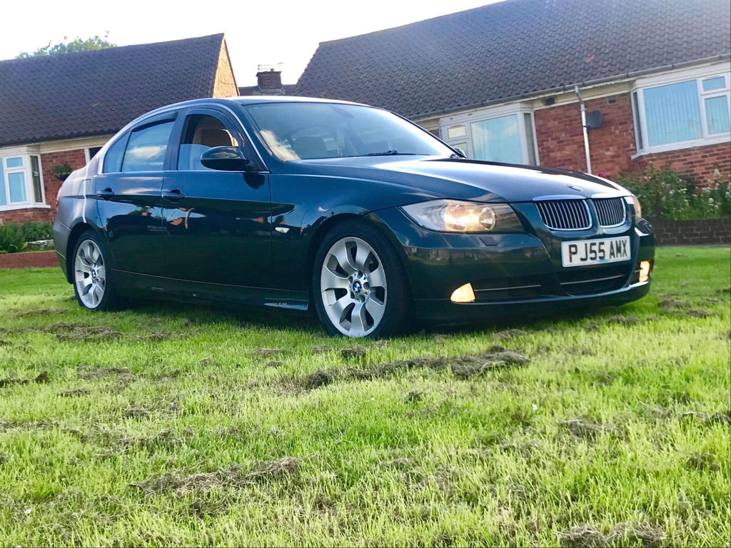 Bmw 330d e90 with full service bmw history