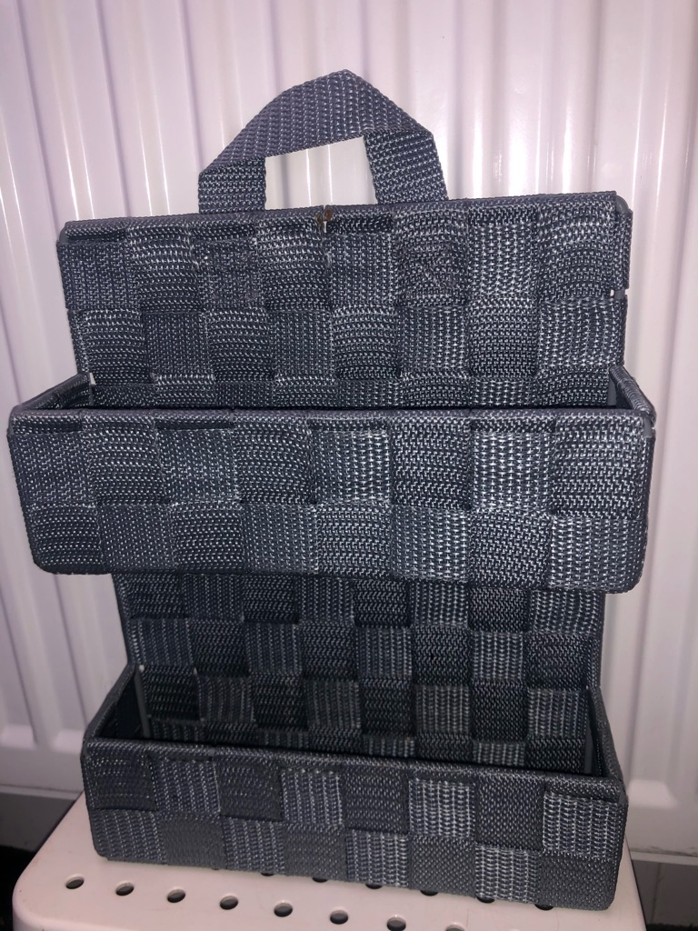 Bathroom hanging baskets