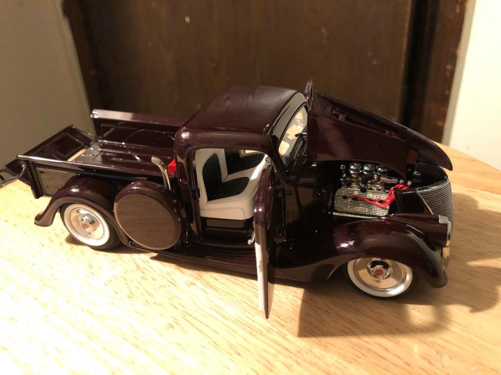 Danberry mint 1935 Ford custom