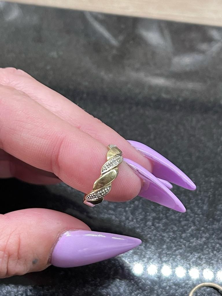 9ct gold diamond band ring