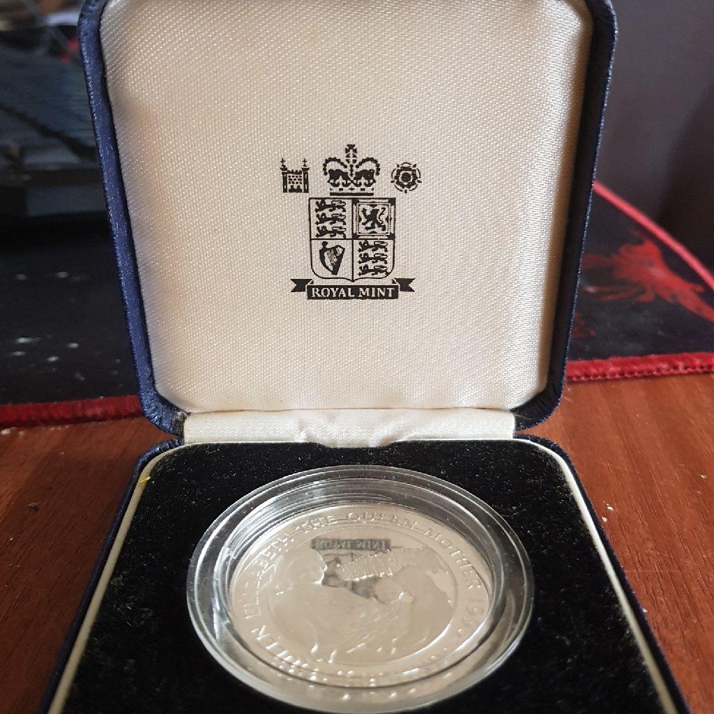 Alderney £5 pound coin