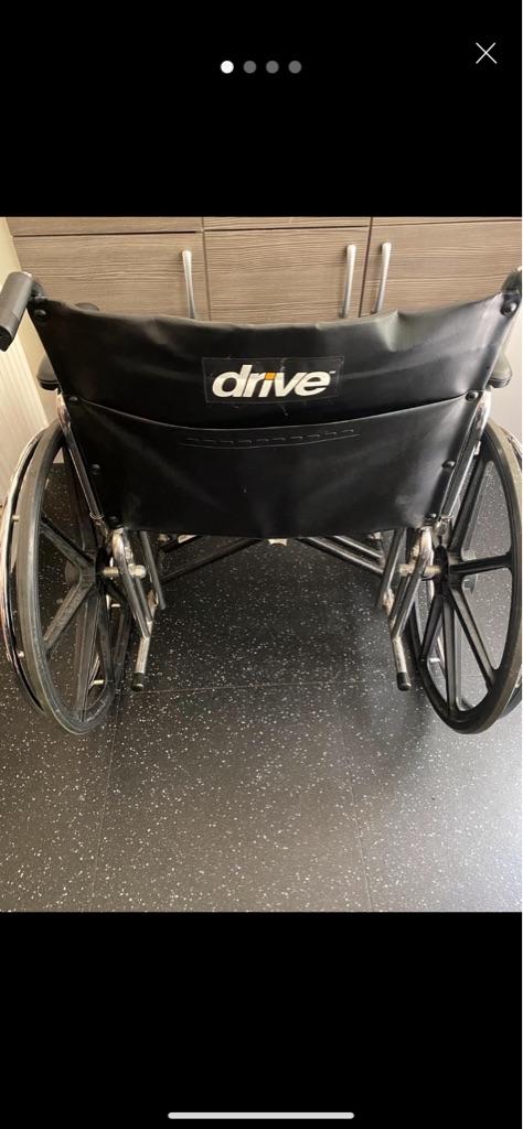 Drive bariatric wheelchair