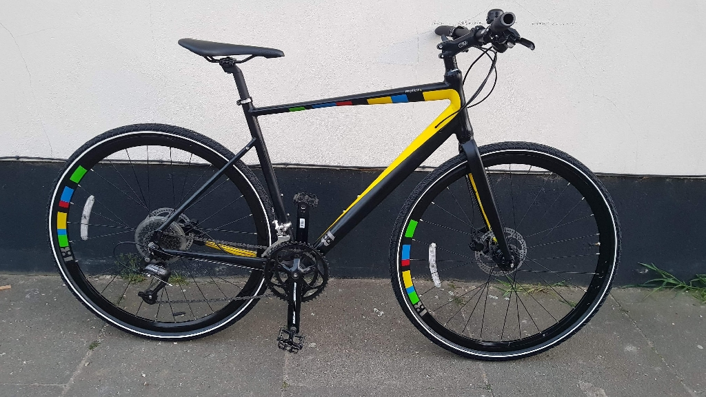 13 implicia hybrid bike